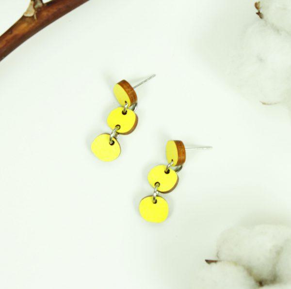 keltaiset kolmen pallon korut